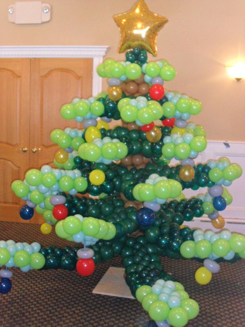 decoracao festa natal:Balloon Art Christmas Trees